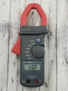 Fluke 30 Clamp Meter No Wires
