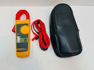 Fluke 323 True rms Clamp Meter With Case Leads New