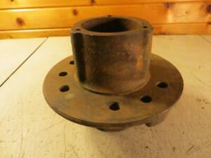 John Deere A G Front Wheel Hub Aa1399r A1553r Unstyled Styled