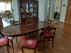 Antique Mahogany Dining Room Set Table 6 Chairs And Breakfront