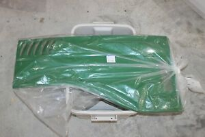 Nos Ls Tractor Cover side rh Part 40033771 Fits Montana A1830782