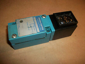 Micro Switch Photoelectric Sensor Fe lplosf 2s 120vac