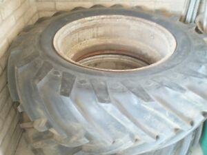 Two 15x32 Used Old Style 15 X 32 Tires Tubes And Rims Peoria Az 18 X 32