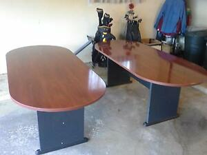 2 Mahogany Formica Conference Tables 149 oo Each Call 440 915 1460