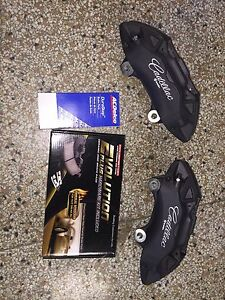 2013 Cadillac Ats 4 Piston Brembo Front Brake Calipers W Pin Kit