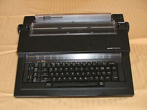 Electric Typewriter Olivetti Praxis 41