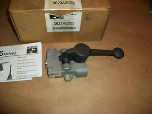 Ross 3623a2003 3 Way Locking 2 Position Lever 1 4 In Npt Pneumatic Valve