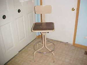 Vintage Industrial Factory Shop Stool Machine Age Drafting Adjustable Chair