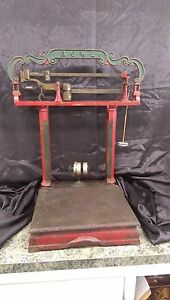 Early 1900 S Vintage Cast Iron 200 Lb Howe Platform Scale
