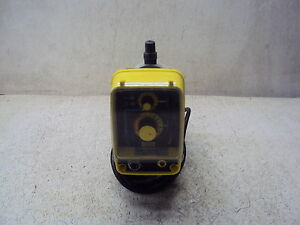 Electromagnetic Dosing Pump Aa751 86hv Gph 100 Used