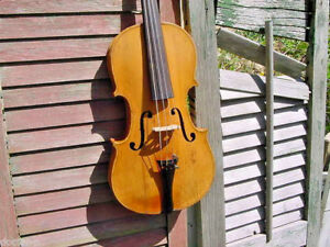 Vintage Violin Full Size Fiddle Nice Condition With Old Case Tiger Back