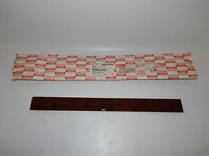 New Oem 1996 2002 Isuzu Trooper Acura Glove Box Woodgrain Ornament Trim Panel