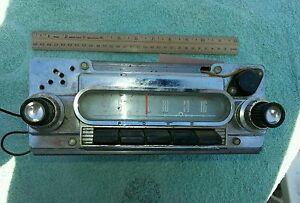 Vintage Classic 1960 Ford Car Am Push Button Radio 04bf Fairlane Galaxie Fomoco