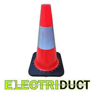 18 Pvc Traffic Cones With Safety Road Reflective Collar 10 Pack Orange