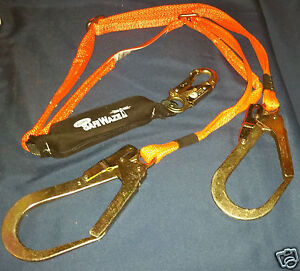 Safewaze Web Adjustable Fall Protection Fall Arrest Lanyard