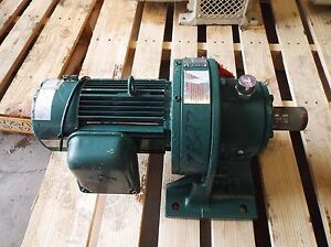 Sumitomo Sm cyclo Chhms14130yc b Gearmotor Ratio 55 1 Hp 1750 Rpm used