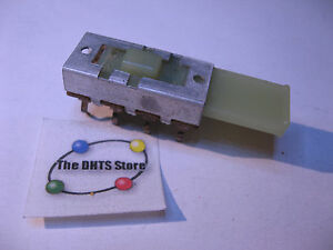 Slide Switch 2p3t 3 Position Pcb Mount 3a 125vac Cw Und Lab Tape Vcr Nos Qty 1