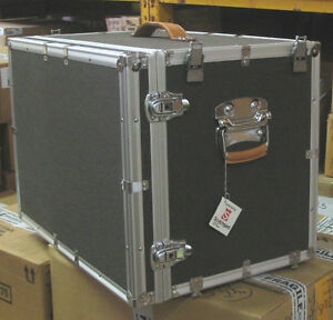22 X 15 X 16 5 Shipping And Storage Salesman Case With Wheels see Notes