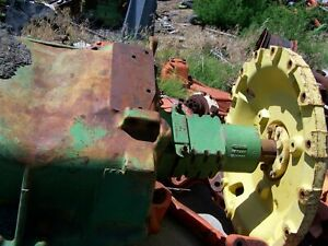 John Deere 8640 Complete Front Axle Assembly Pivot Pins With Two Cast Wheels