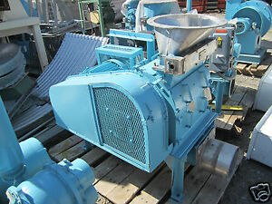 15 Hp Young Industries Ss Stainless Steel 0 125 Screen Granulator Size 1218