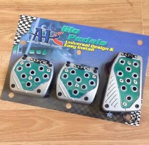 Universal Non Slip 3 Pc Glow Glo Foot Pedals Pad Covers Manual M T Green Chrome
