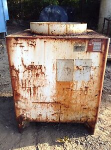 Tasco Industries 325 Gallon Steel Waste Oil Water Storage Tank Container