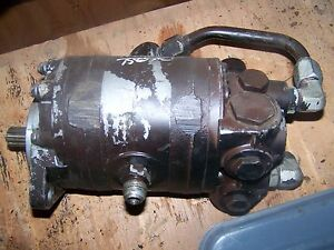 Allis Chalmers Tractor Hydraulic Power Steering Pump 45207 44 7580 8550