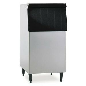 Hoshizaki B 300sf 22 Ahri Rated Ice Storage Bin With 260 Lbs Storage Capacity