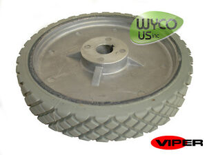 Oem Scrubber Wheel 8 3 4 Axle Viper Fang 20t Scrubber Vf82208 New
