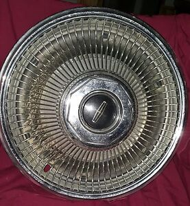 68 69 Lincoln Mark Series Hubcap 15