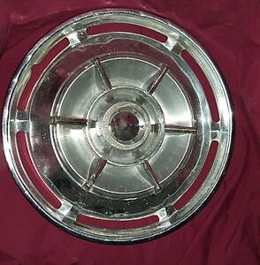 61 Buick 15 Spinner Hubcap
