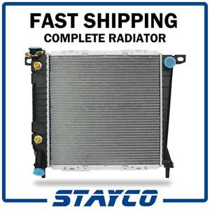 Radiator W Transmission Oil Cooler Fitting For At mt Ford Ranger Bronco Ii