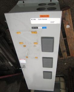800 Amp 600 Vac Cutler hammer Manual Molded case Transfer Switch