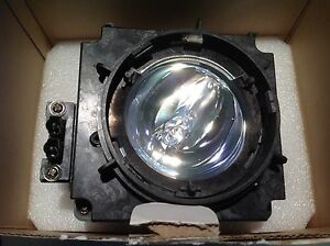 Christie 03 000808 25p Replacement Projector Lamp Uhp 120w And Housing