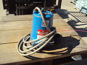 Goulds Submersible Pump We1534h Rpm 3450 Max Amps 4 6 Used