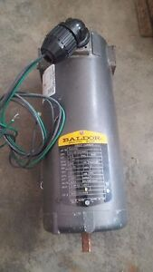 Baldor 1 2 Hp 1140 Rpm 230 Vdc Motor 48z Frame Tenv 1 2 D shaft Stickout 1