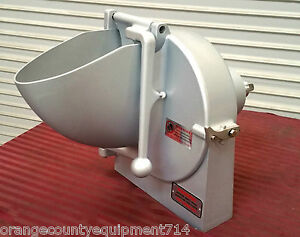 New Pelican Head Mixer Vegetable Slicer Chopper 12 Hub Attachment 3660 Hobart