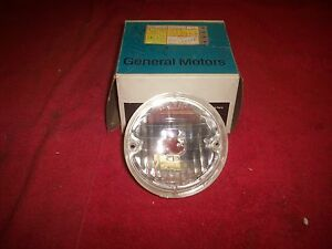 1973 Pontiac Grand Am Nos Parking Lamp Turn Signal Assembly In Gm Box 911530