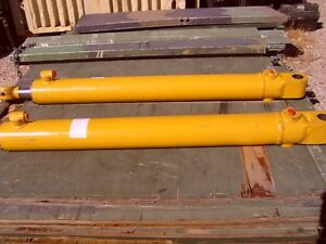 John Deere 410 Lift Cylinder At33026 2 Ea