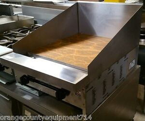 New 24 Flat Top Griddle Plancha Grill 12 High Back Splash Stratus Smg 24 4097