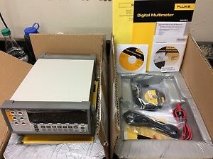 Fluke 8808a su Bench top Multimeter W software And Pc Interface Cable Nib