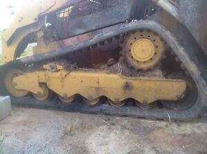 Caterpillar 299d Track Unit Includes Idler Wheels Does Not Include Drive Unit