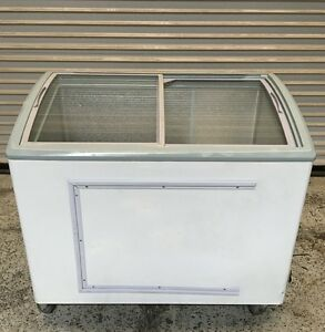 Ice Cream Chest Display Freezer Sliding Glass Top Conagra Xs248 6420 Commercial