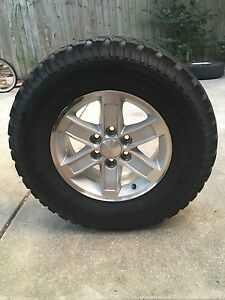 Gmc Sierra Stock Rims 17 Inch With 285 70 17 Bfg All Terrain Tires