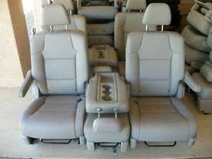 2011 2017 Honda Odyssey 2 Bucket Seats Middle Seat Gray Leather Second Row