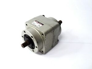 Smc Pneumatic Crb50 90 Rotary Actuator Cylinder 90 1mpa Max Shaft Length 1