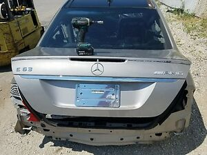 2007 2009 Mercedes E350 Sedan W211 Oem Rear Trunk Lid Shell W Emblems