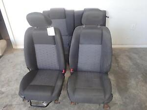 05 09 Ford Mustang Front Seat W Passenger Rear Black Cloth Mustang Emblem