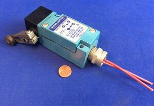 Micro Switch Lsp1a Heavy Duty Limit Switch W Roller Lever Arm 10a 600vac