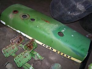 John Deere 2840 Hood Al28318 With Nose Cone R60089